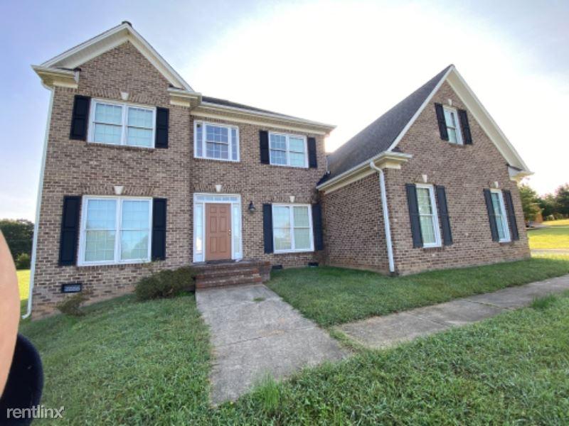5528 E Hiddenbrook Dr, Mc Leansville, NC - $3,150