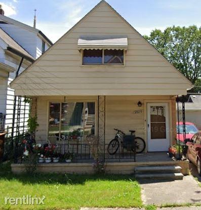 2610 Edwin Street 2, Hamtramck, MI - $640