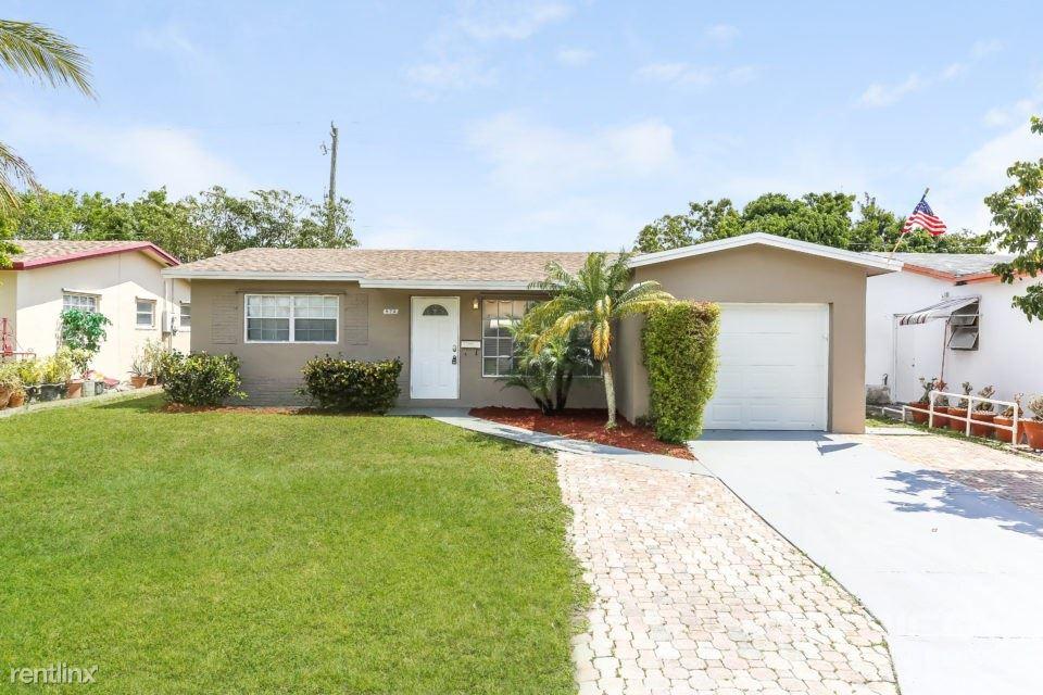 872 SW 62nd Avenue, North Lauderdale, FL - $1,947