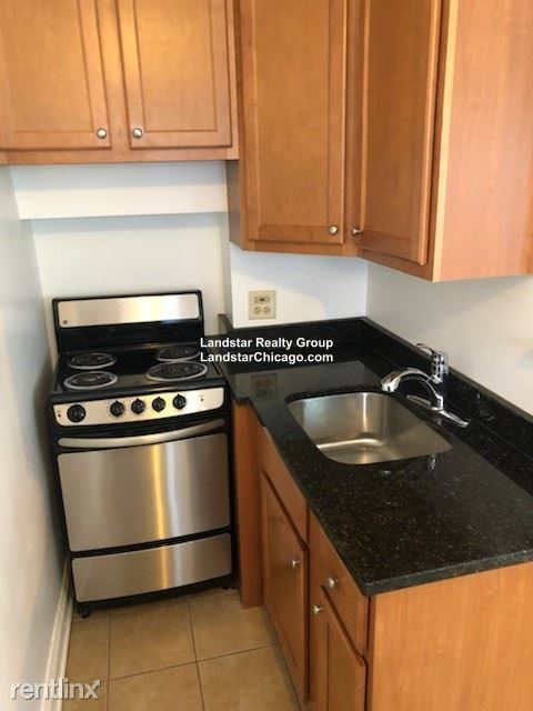 1332 W Hood Ave 104, Chicago, IL - $725 USD/ month