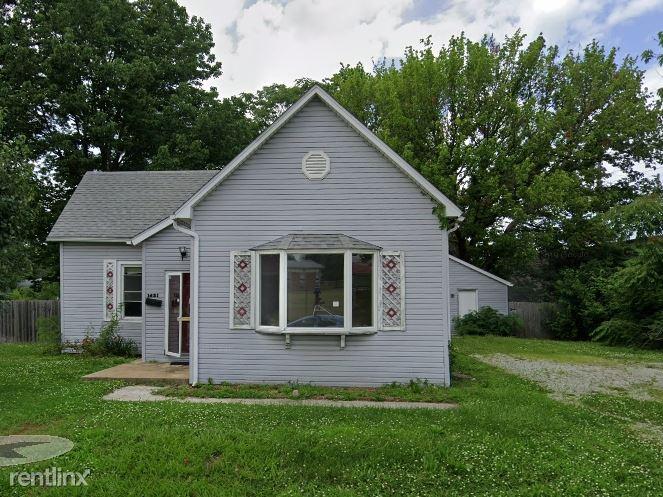 1421 E Main St, Belleville, IL - $743