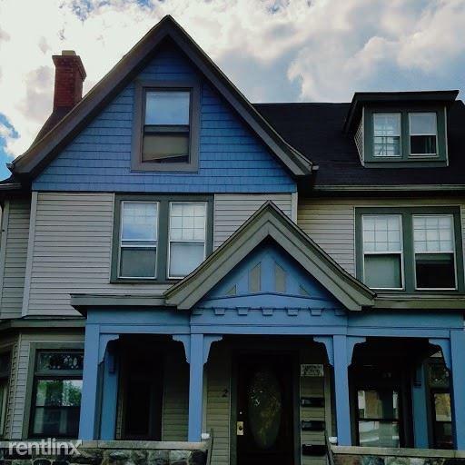 910 S State St, Ann Arbor, MI - $3,800