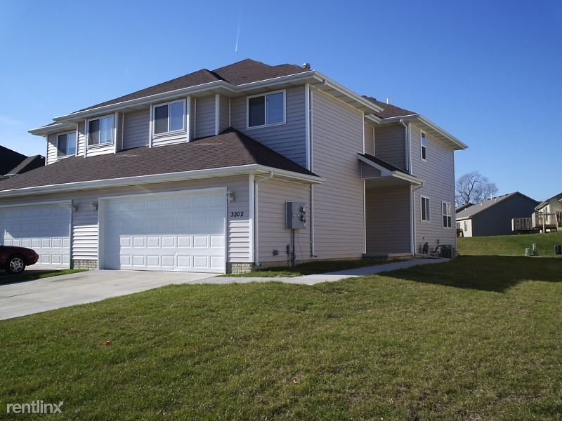 3206 SE Grant St, Ankeny, IA - $1,515