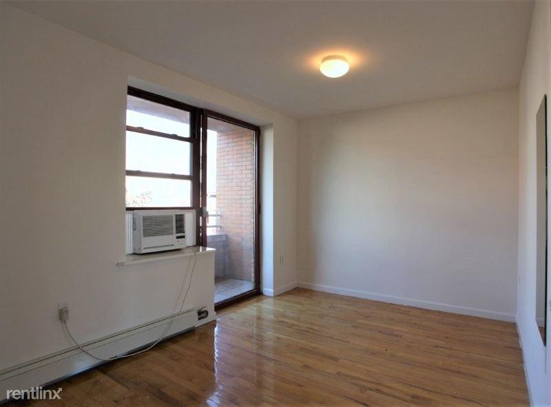 190 E 7th St, New York, NY - $3,045
