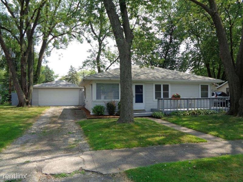 7837 White Oak Ln, Hammond, IN - $1,300