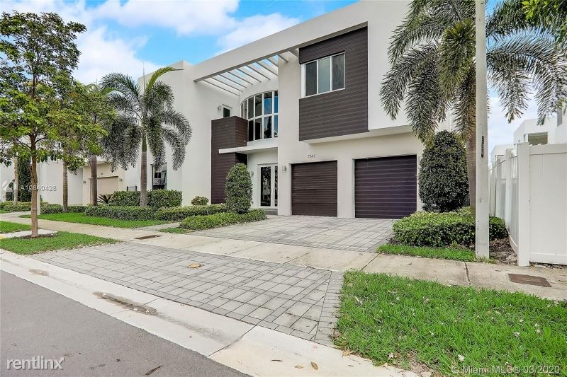 7541 NW 100th Ave, Doral, FL - $6,750