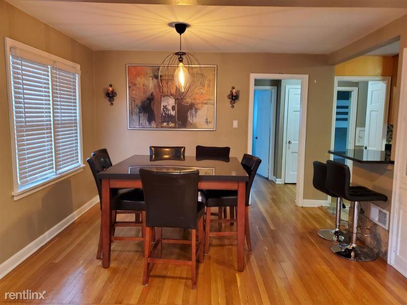5069 N Bay Ridge Ave, Whitefish Bay, WI - $1,500
