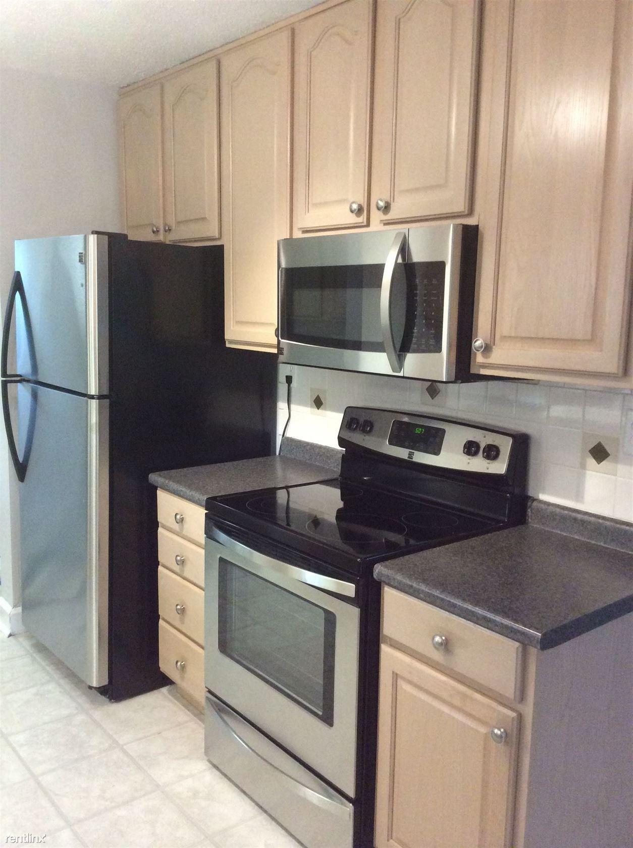 135 N Plum St, Germantown, OH - $1,399