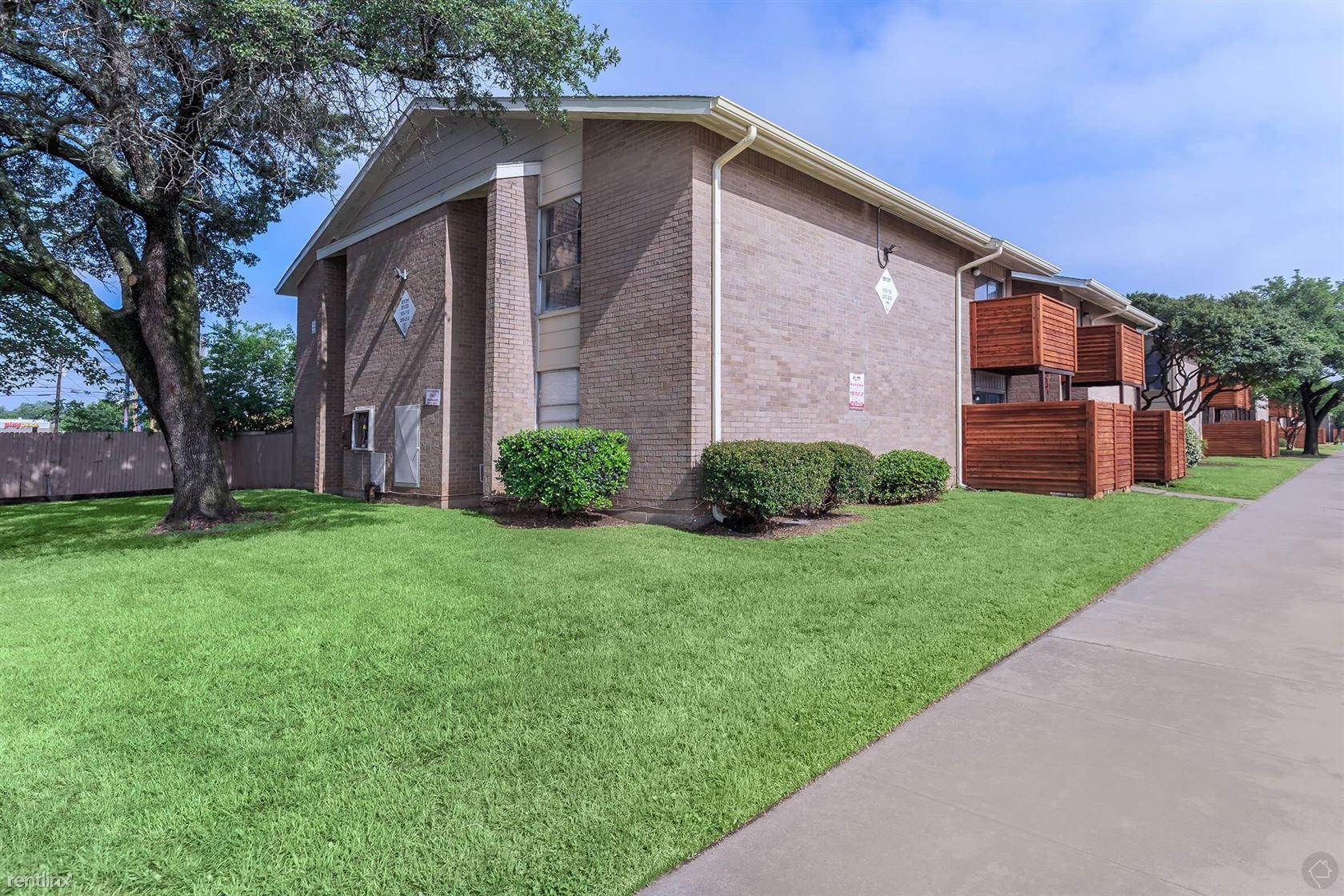 8157 Barclay St, Dallas, TX - $774 USD/ month