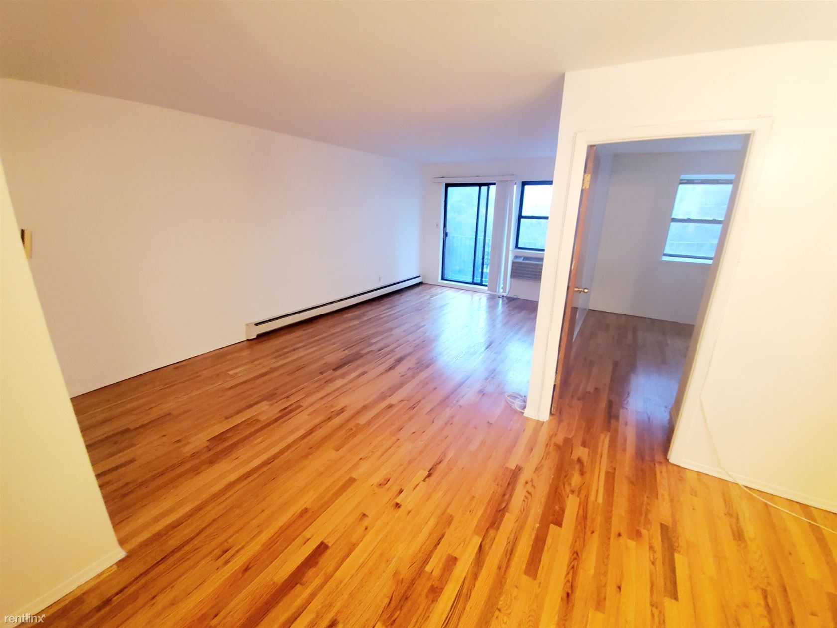 11217 75th Ave, Forest Hills, NY - $2,500