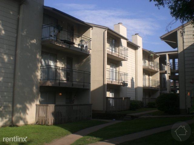 5811 Pineland Dr, Dallas, TX - $649 USD/ month