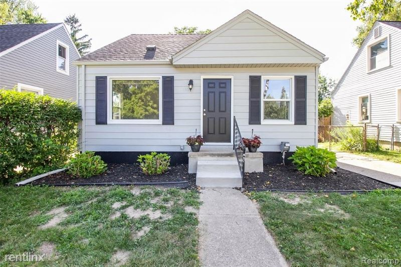 1412 S Campbell, Royal Oak, MI - $2,000
