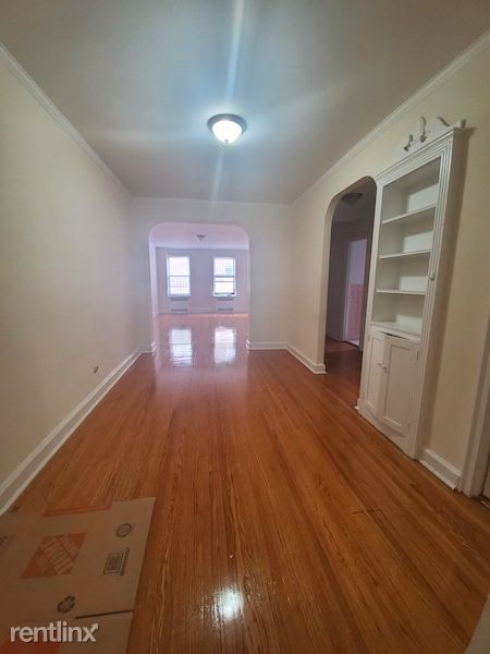 109-20 71RD 3F, Forest Hills, NY - $2,200