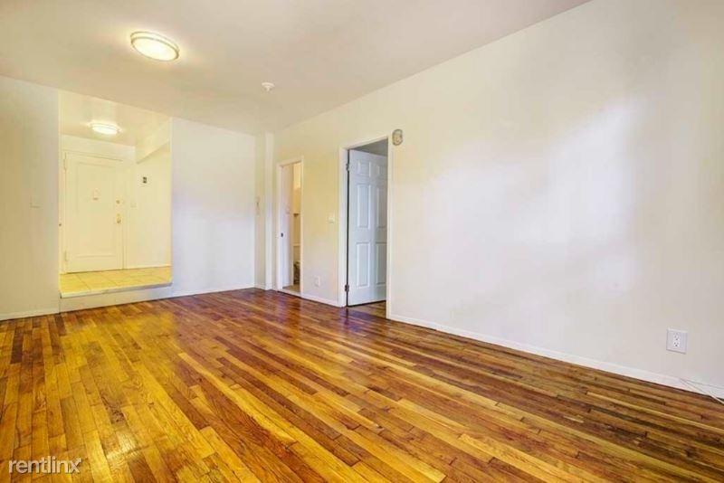 270 W 25th St, New York, NY - $2,375