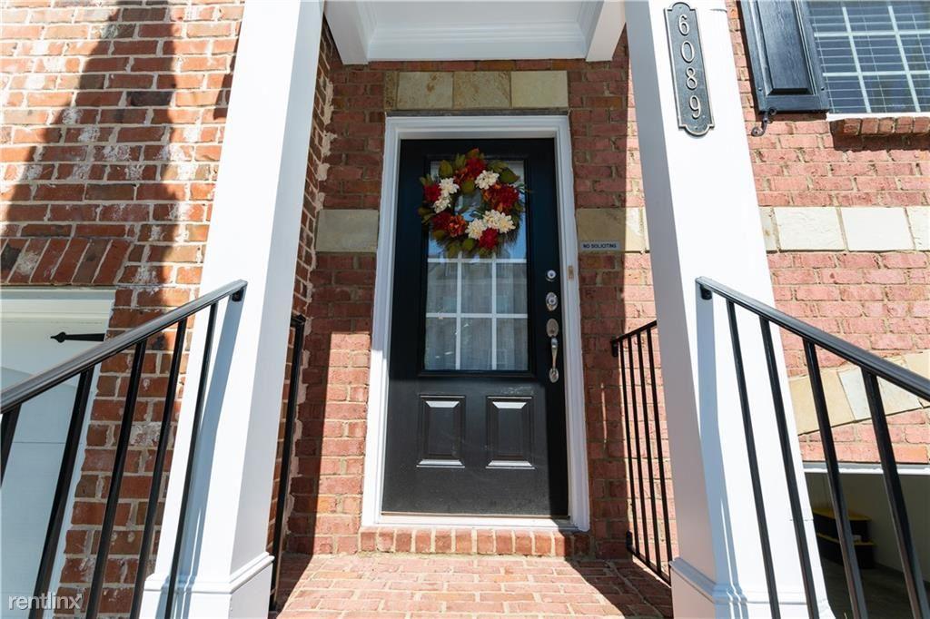 6089 Nw Tennyson Park Way Nw, Norcross, GA - $2,740