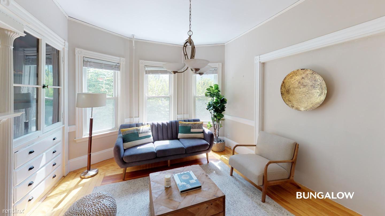 34 Oakview Ter, Boston, MA - $845 USD/ month