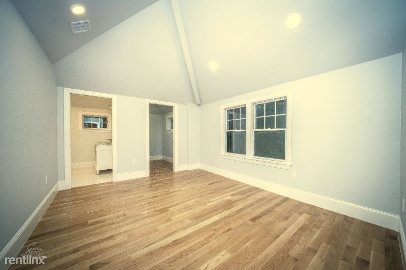 275 Cypress St, Newton Center, MA - $6,500
