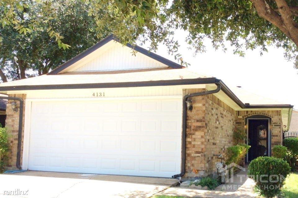 4131 Flamingo Way, Mesquite, TX - $1,649