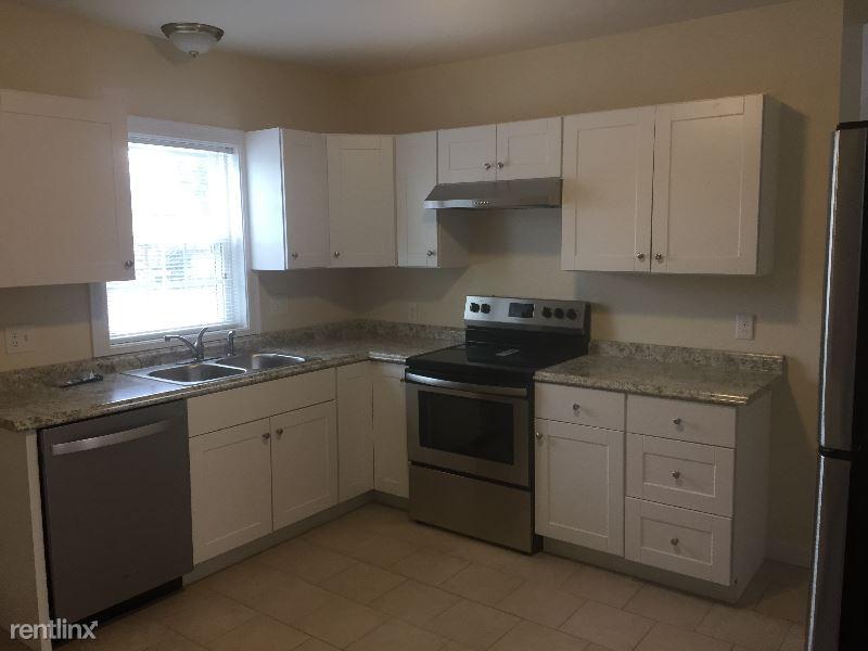 5 N Worcester St, Norton, MA - $1,800