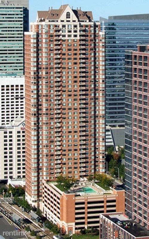 60 Christopher Columbus Dr 2304, Jersey City, NJ - $3,800