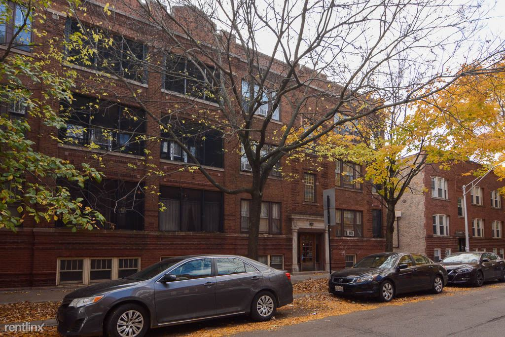 2439 W. Sunnyside, Unit 3, Chicago, IL - $1,290