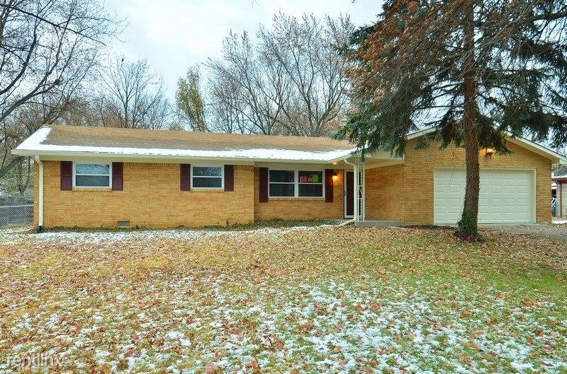 507 Green Valley Dr, Greenwood, IN - $1,299