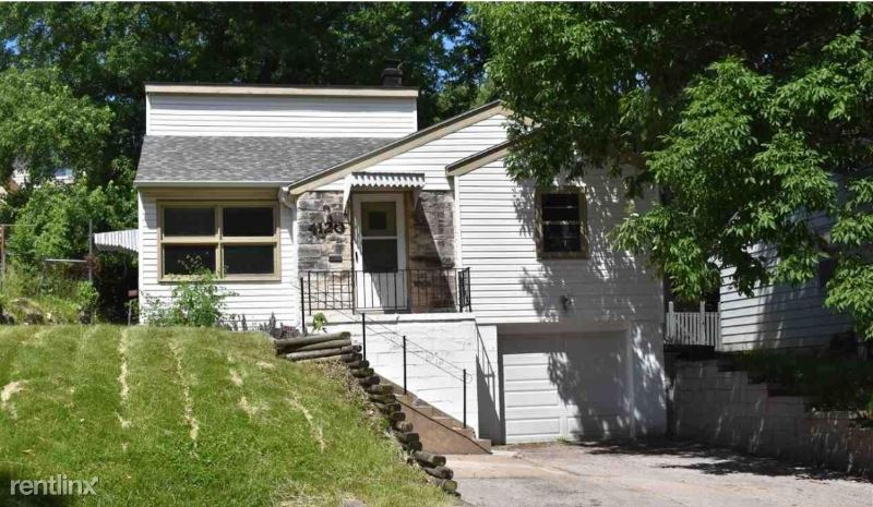 4120 N 65th St, Omaha, NE - $1,200