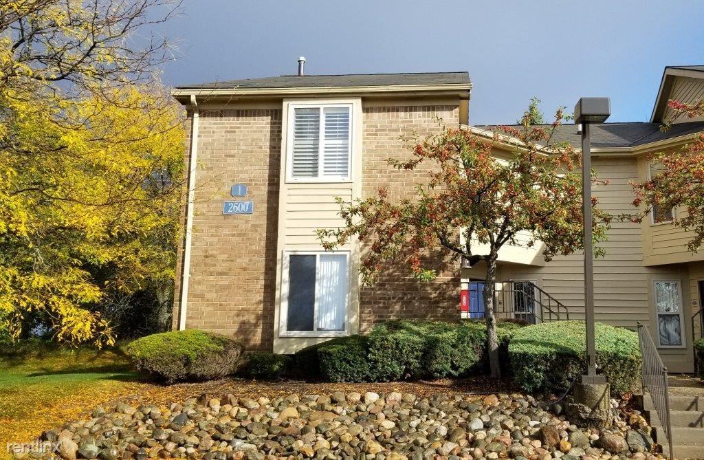 2600 Greenstone Blvd Apt 107, Auburn Hills, MI - $1,400