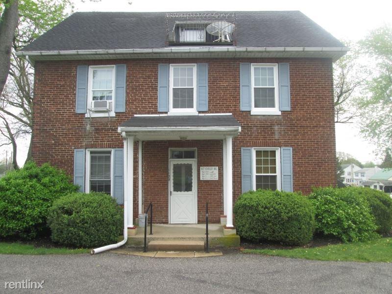 1127 Stanley Ave 6, Chambersburg, PA - $650