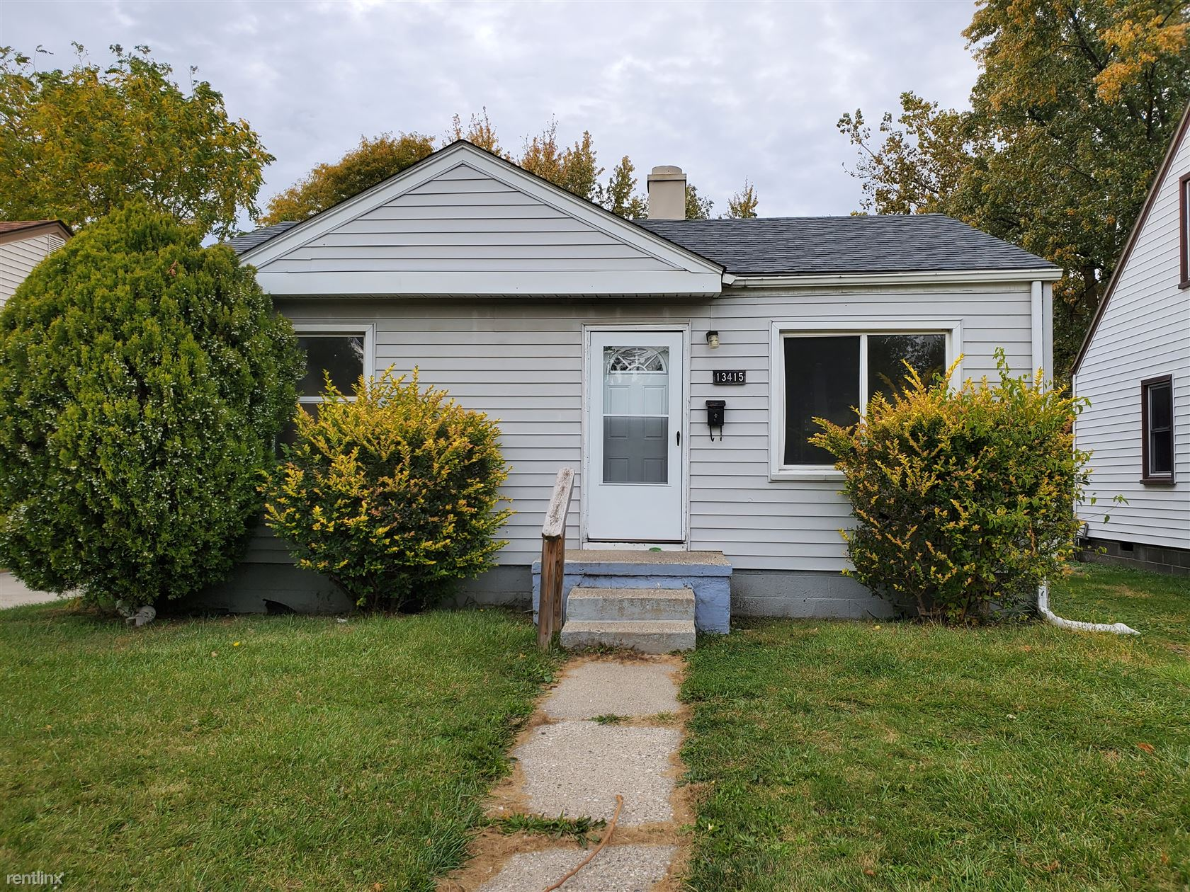 13415 Sherman Ave, Warren, MI - $800