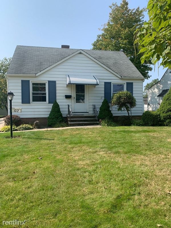 1612 Longwood Rd., Mayfield Hts, OH - $1,450