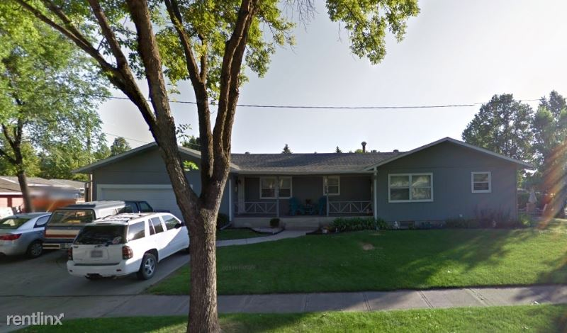 2204 9th Ave S, Grand Forks, ND - $1,400