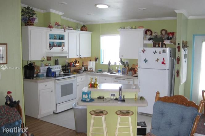 35303 SW 180th Ave, Homestead, FL - $750