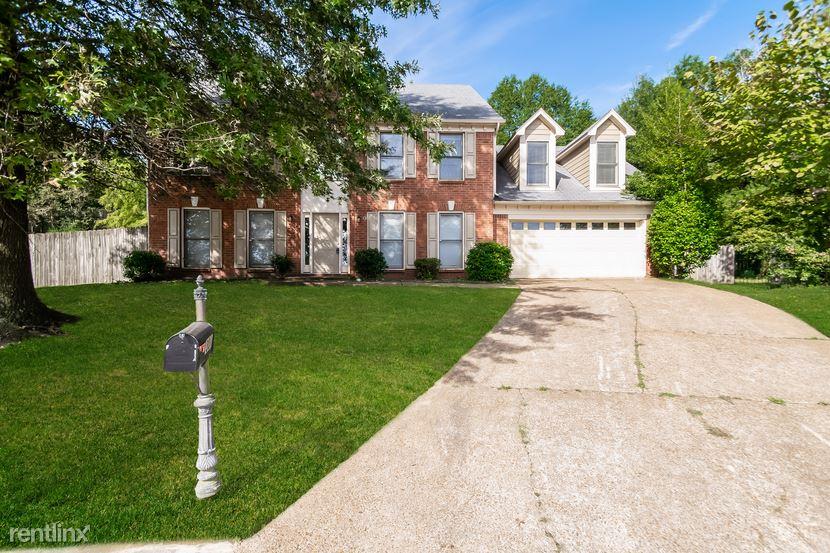 301 Spruce Glen Cove, Cordova, TN - $1,799