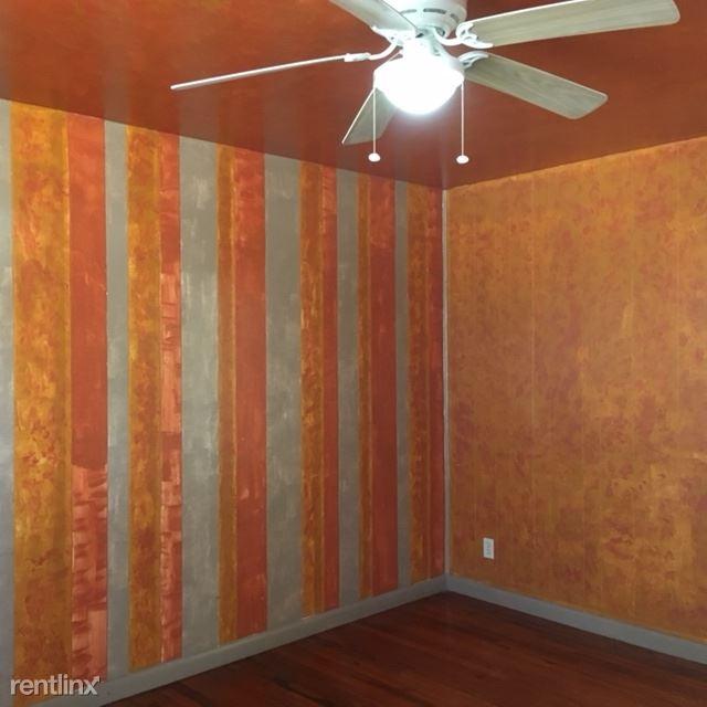 507 W 1st St, Portales, NM - $465
