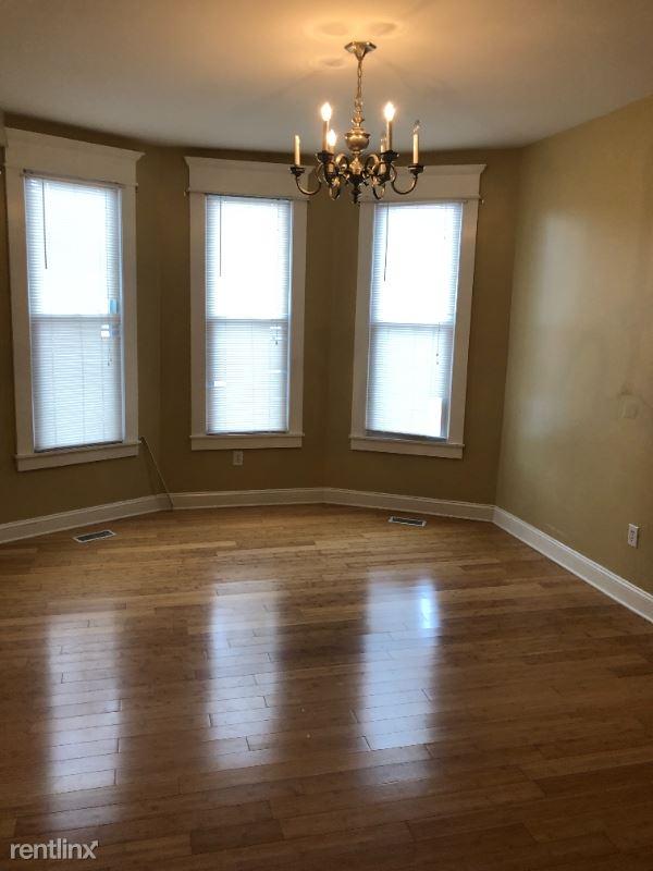 1534 3rd Ave 1, Huntington, WV - $1,200