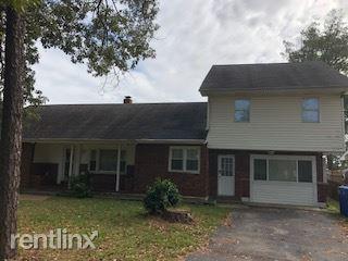 1701 Burson Dr, Chesapeake, VA - $1,595