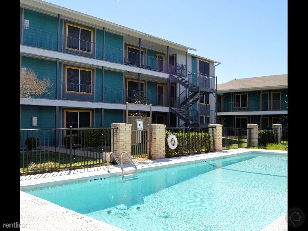 2101 W Anderson Ln, Austin, TX - 755 USD/ month