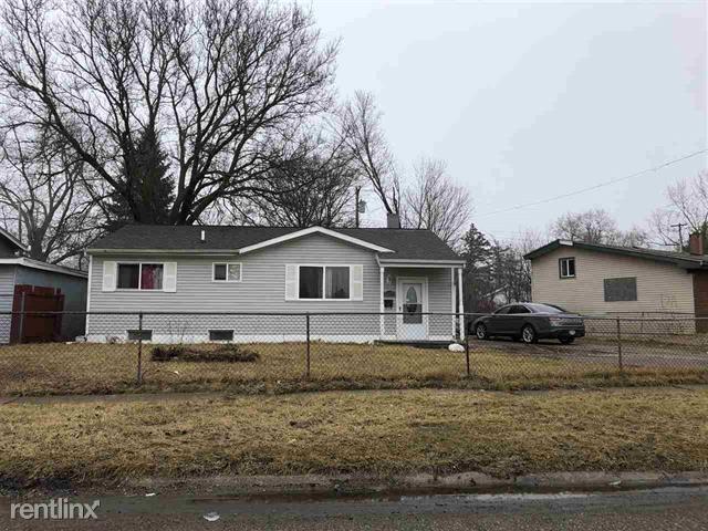 6076 Penwood Rd, Mount Morris, MI - $750