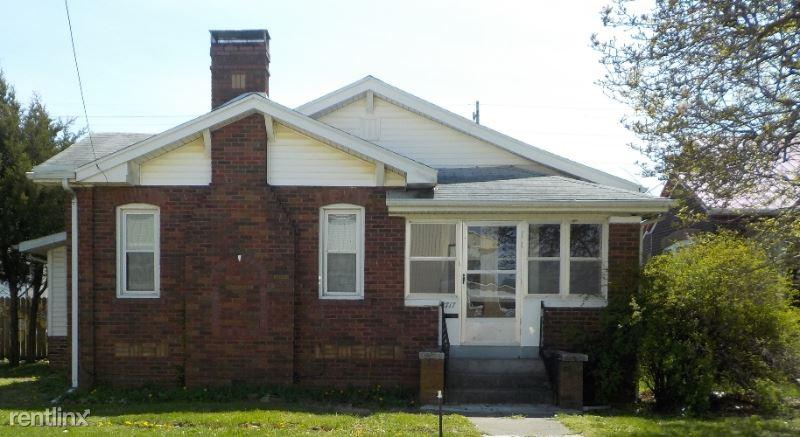 1717 Olive Ave, Mattoon, IL - $67,500