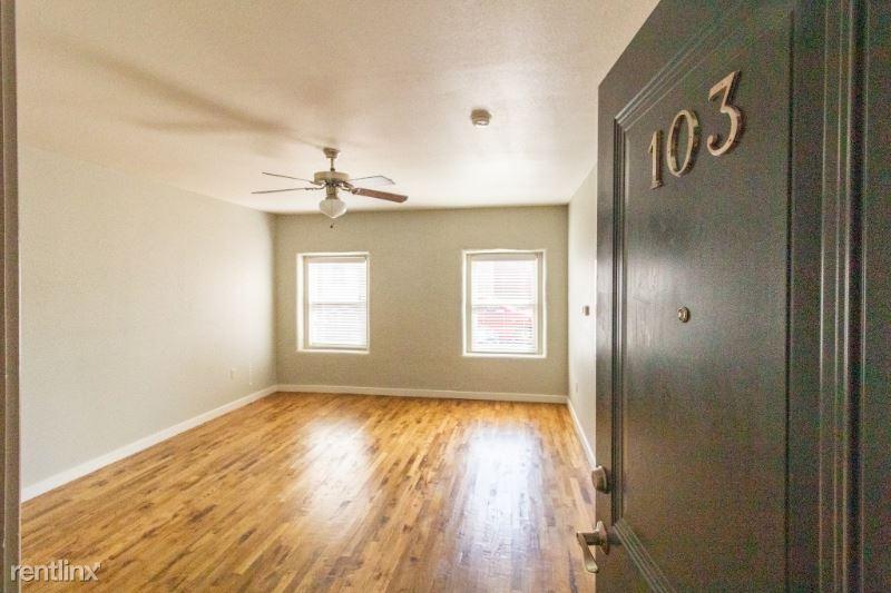 625 S Elgin Ave 103, Tulsa, OK - $695 USD/ month