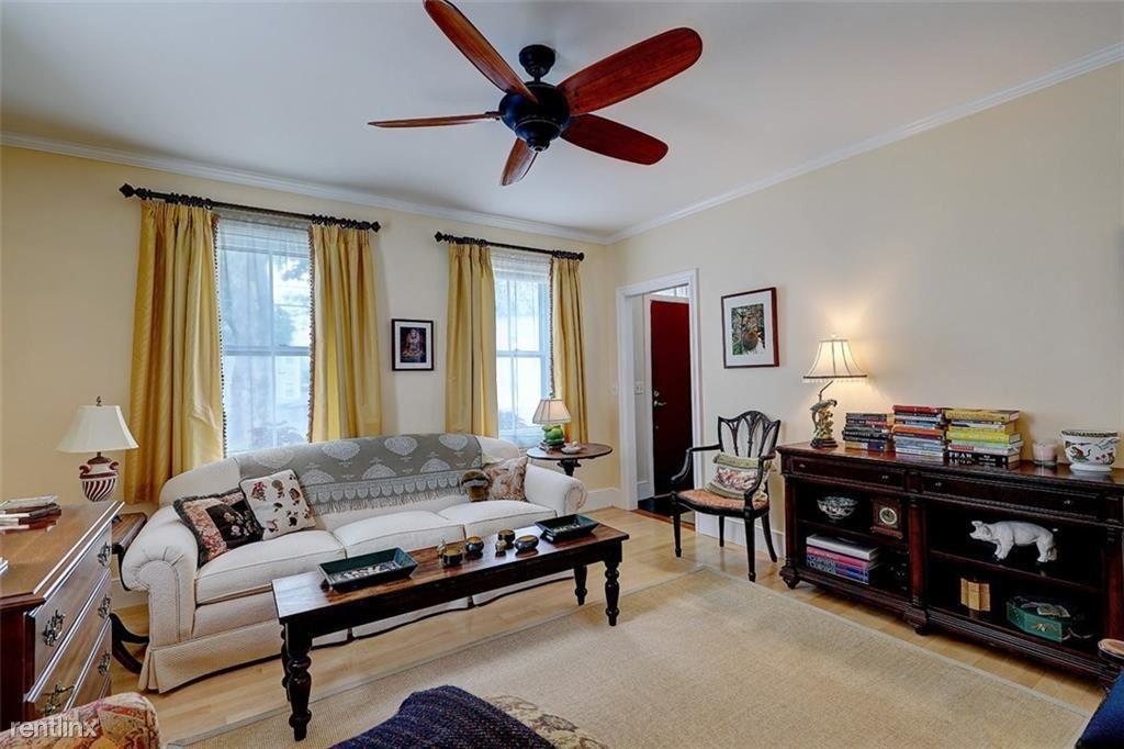 135 Langdon St, Providence, RI - $890