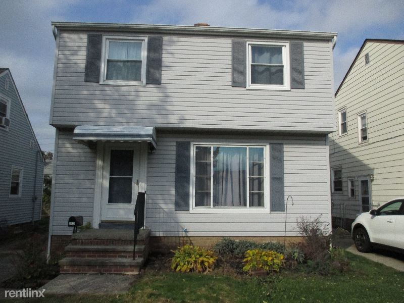3422 Heresford Drive, Parma, OH - $1,100