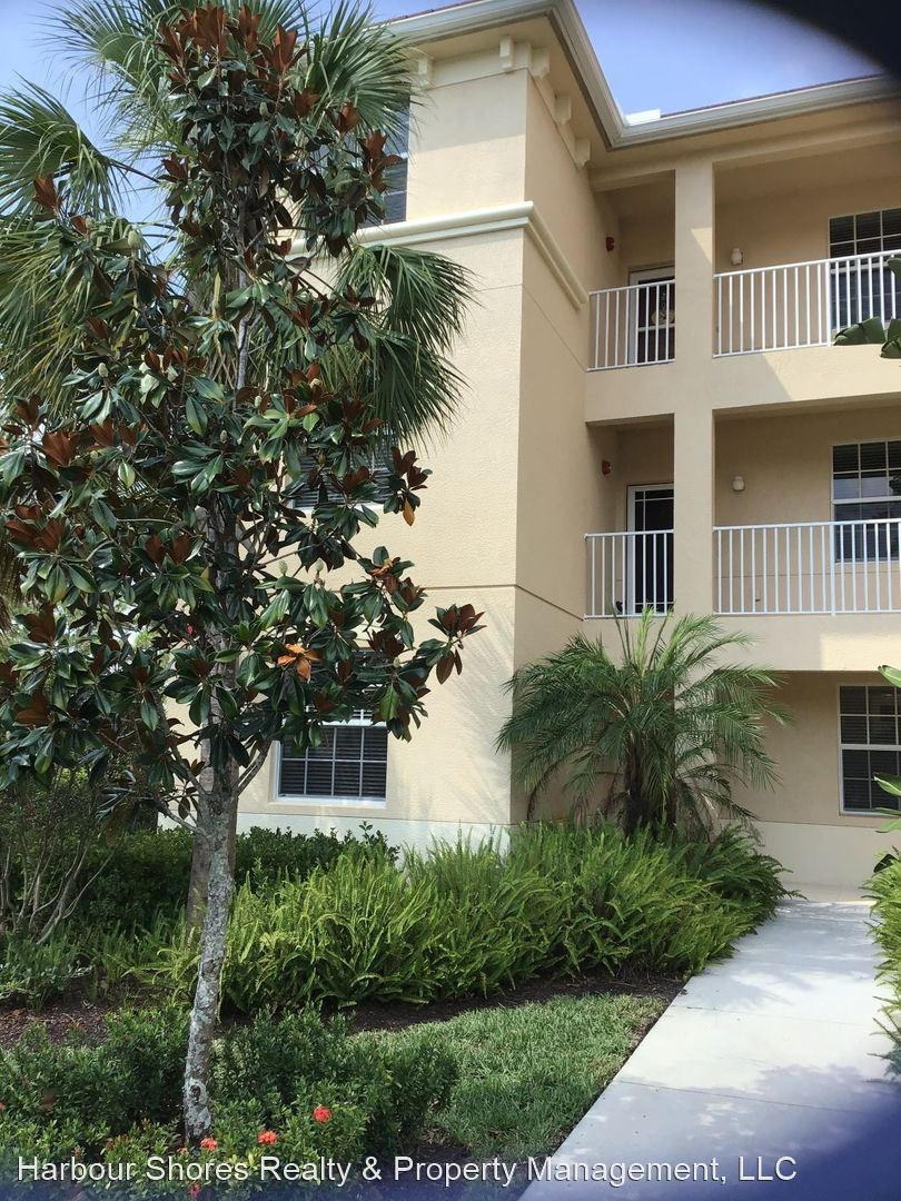 10760 Palazzo Way #101, Fort Myers, FL - $2,500 USD/ month