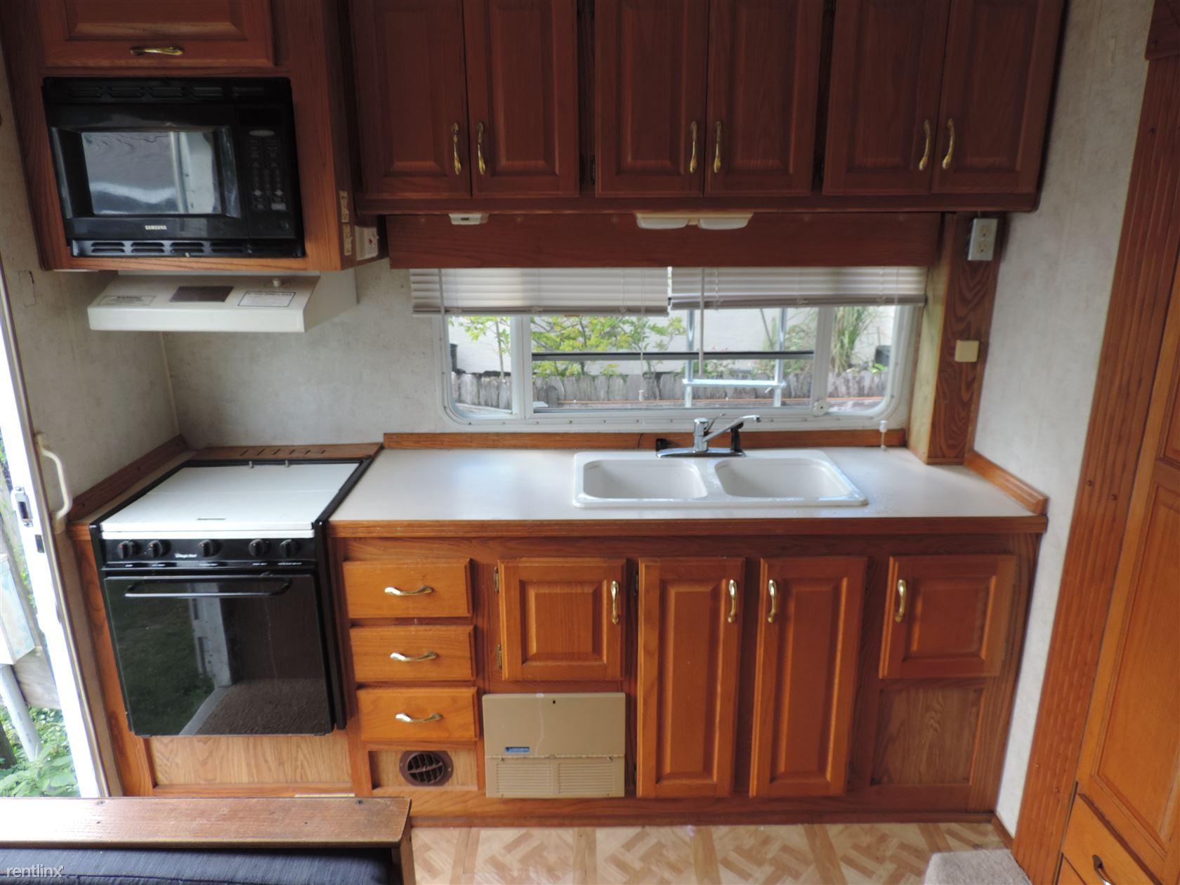 3920 78th Ave N Lot 9, Pinellas Park, FL - $495 USD/ month