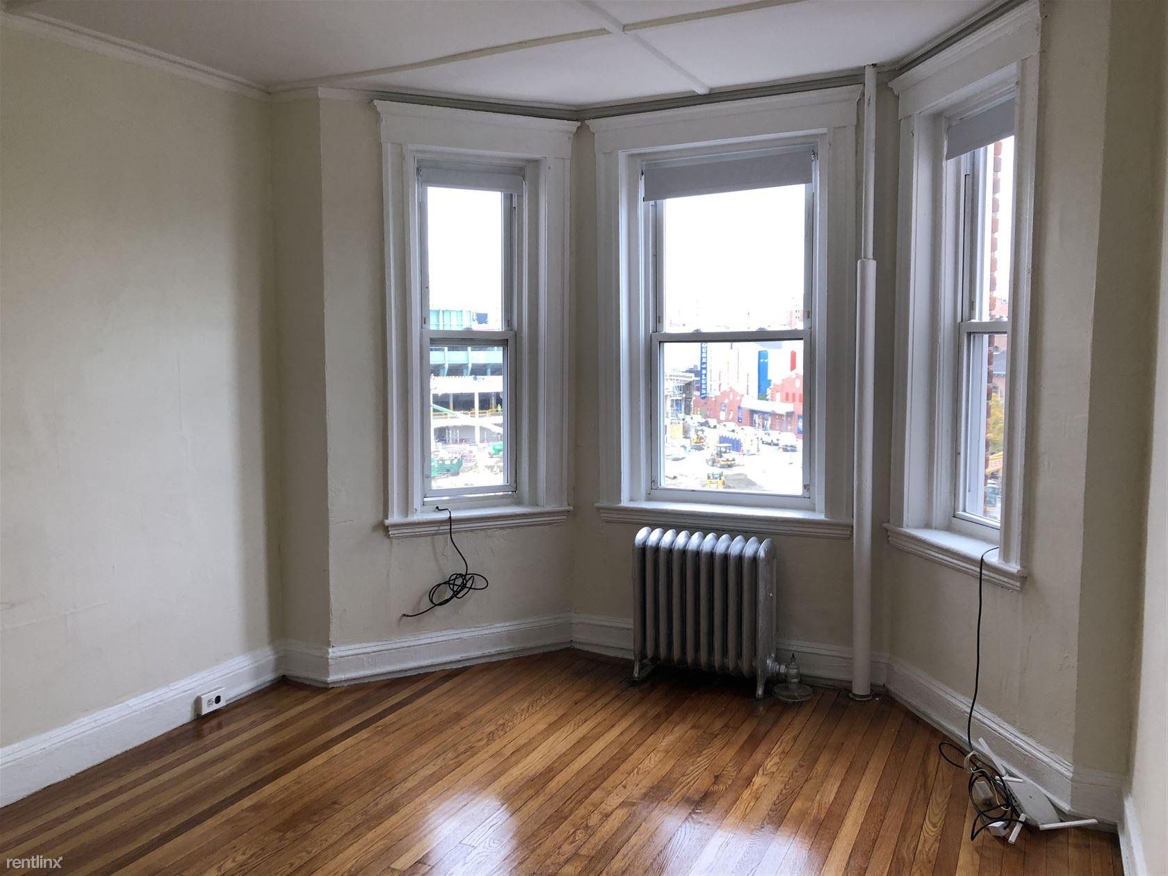 1175 Boylston St Apt 34, Boston, MA - 1,475 USD/ month