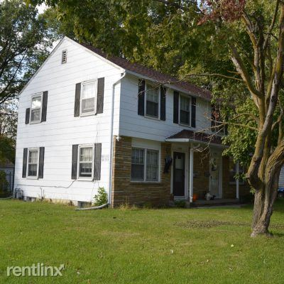 1305 Roosevelt Ave, Ames, IA - $785 USD/ month