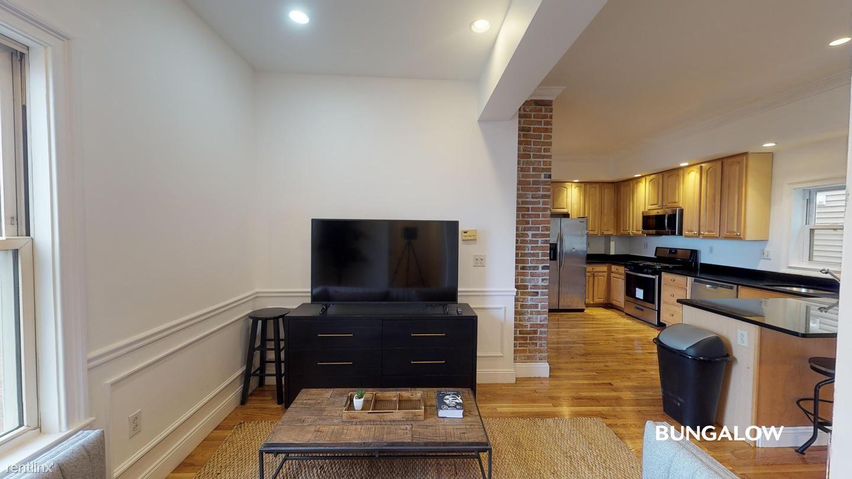 13 Tuckerman St, South Boston, MA - $995 USD/ month