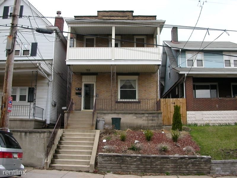 3251 Parkview Ave 1F & 2F, Pittsburgh, PA - $2,400 USD/ month