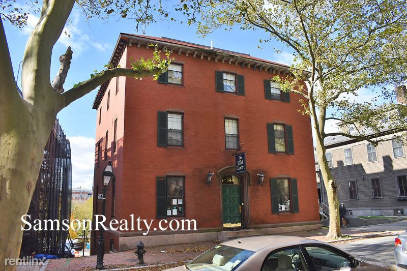 144 Benefit St, Providence, RI - $1,200 USD/ month